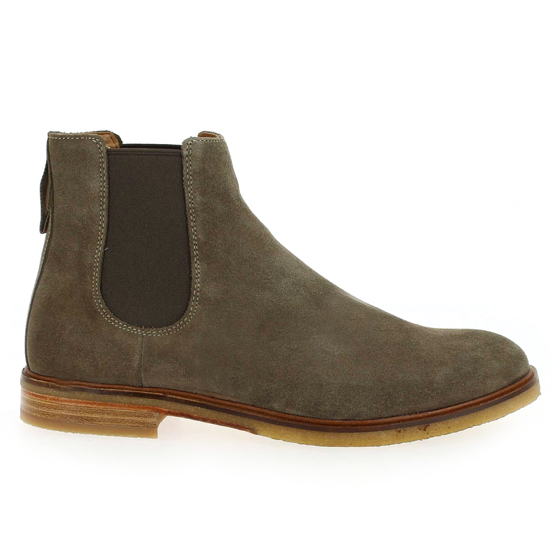 Chaussure Clarks CLARKDALE GOBI gris couleur Velours Taupe - vue 1