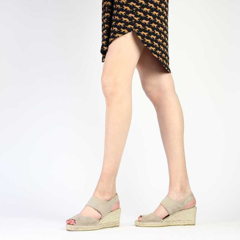 Chaussure Kanna 5051 ania beige couleur taupe - vue 0