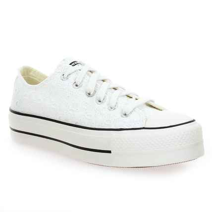 Chaussure Converse modèle CHUCK TAYLOR ALL STAR LIFT OX BRODERIE, Blanc - vue 0